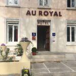 Au Royal Hôtel - la façade